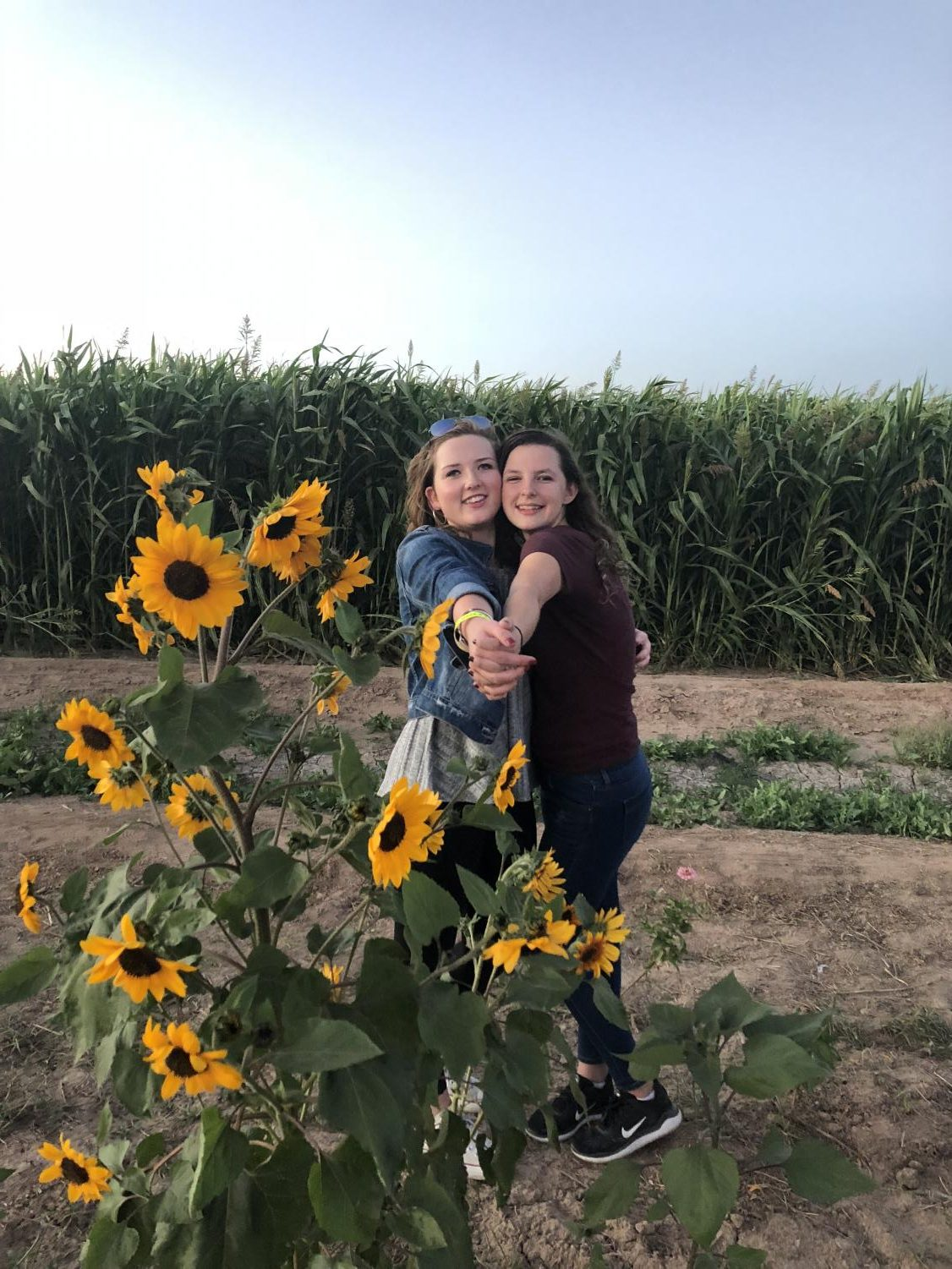 Juniors Sarah Roderick and Iliana Flores-Dumond take the time to enjoy the magnificent scenery at the La Union Corn Maze.