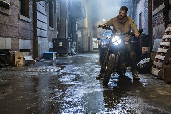 Eddie Brock (Tom Hardy) in Sony Pictures' Venom. PHOTO COURTESY / FRANK MASI