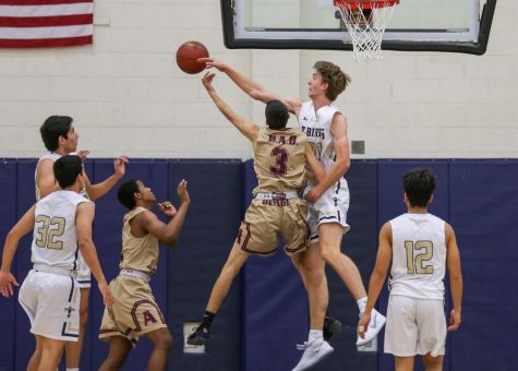 Hayes hopes to lead basketball team to district title