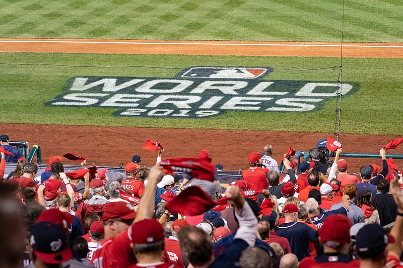 Fans+cheer+at+the+2019+World+Series%2C+in+which+the+Houston+Astros+faced+off+against+the+Washington+Nationals.+Now%2C+the+Astros+are+accused+of+stealing+other+teams%27+signals+and+alerting+their+hitters+which+type+of+pitch+they+would+be+receiving.